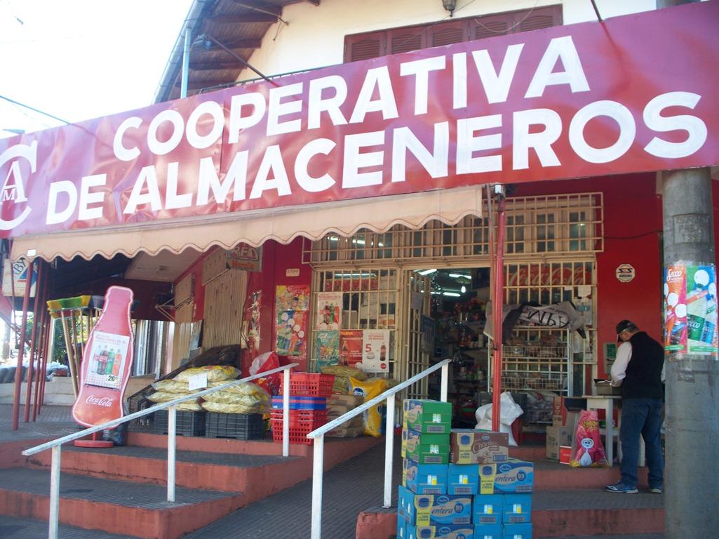 Almaceneros anuncian ofertas por Semana Santa y la venta de una bolsa económica