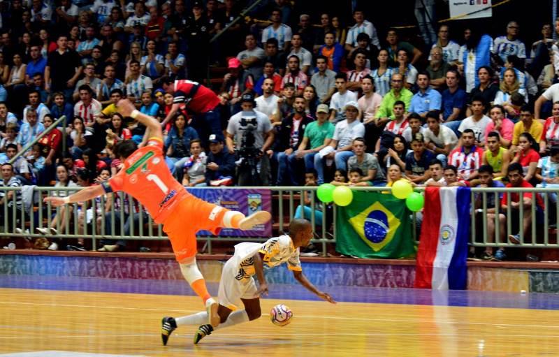 #MundialFutsal: Brasil derrotó a Sudáfrica y jugará la final del mundial ante Argentina