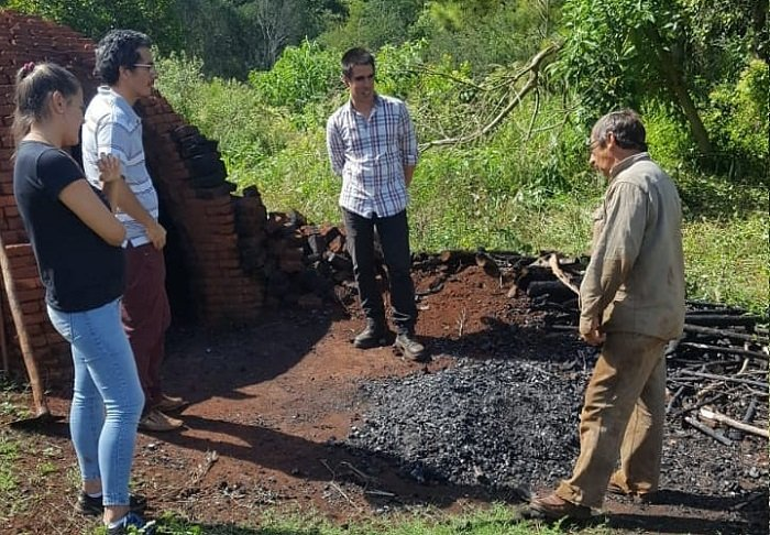 Realizarán jornadas de capacitación para la familia de carboneros misioneros