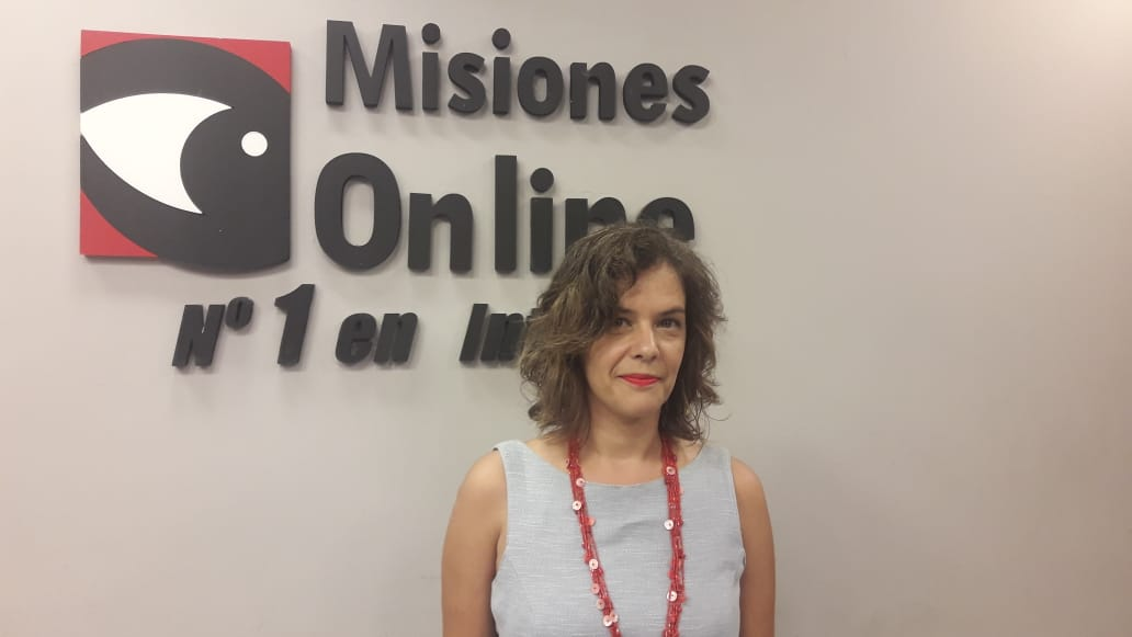 """""""De la manera en que vemos y nombramos el mundo damos cuenta de cómo  nos organizamos políticamente"""", precisó la semióloga María del Rosario Millán"""