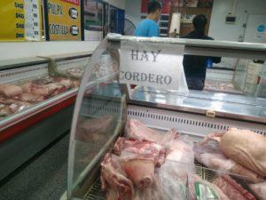 De cara a la Semana Santa, el Mercado Concentrador de Posadas ofrece carne de cordero de productores misioneros