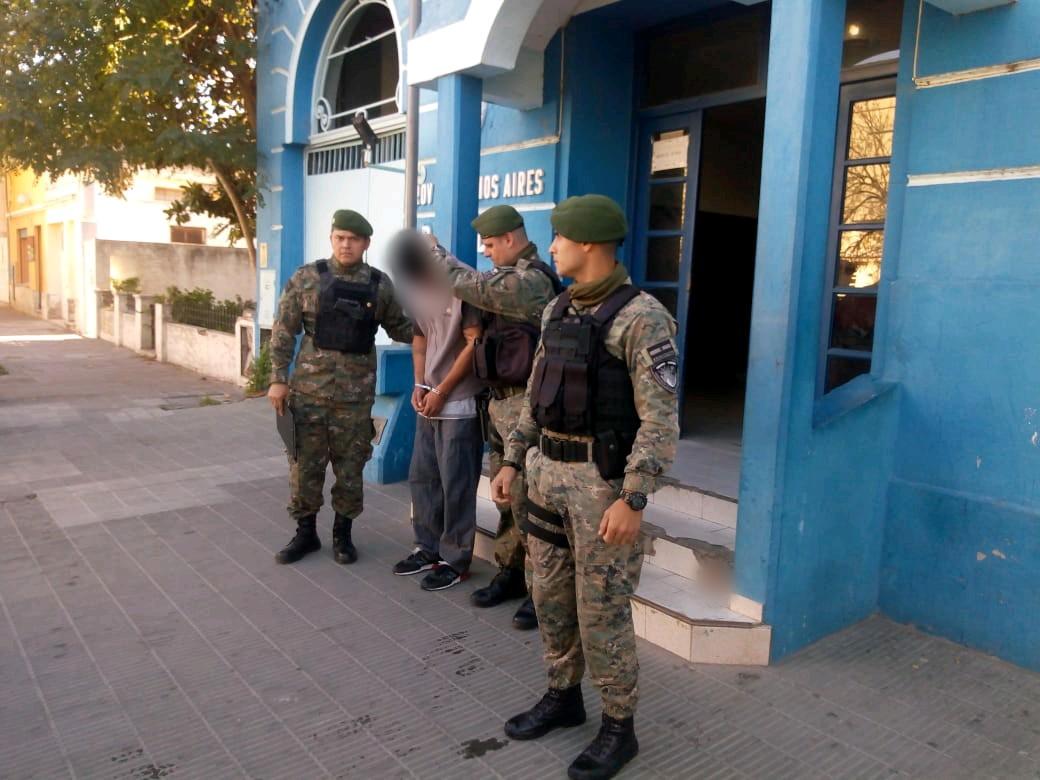 La Policía trasladó a Misiones a prófugo que estaba oculto en Bahía Blanca