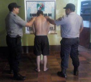 Santa Ana: causó disturbios en la casa de su abuela y fue detenido
