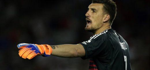 Franco Armani abandonó la concentración de River y no jugará contra Alianza Lima