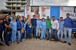 Día del animal: presentaron en la Costanera de Posadas el nuevo quirófano móvil de la Municipalidad