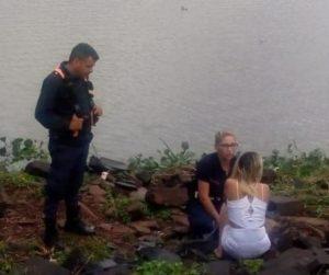 Posadas: policías contuvieron a una joven, en el puente del arroyo Zaimán
