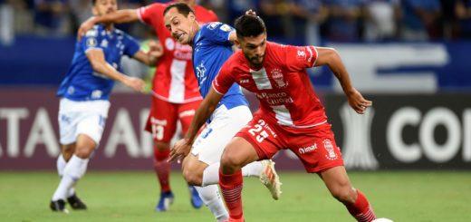 Copa Libertadores: Huracán cayó por goleada ante Cruzeiro