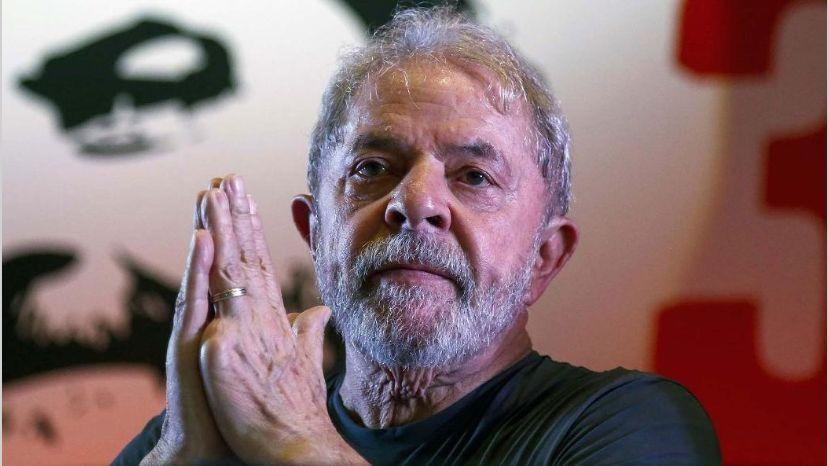 La Justicia de Brasil redujo la condena de Lula da Silva y podría salir de la cárcel este año