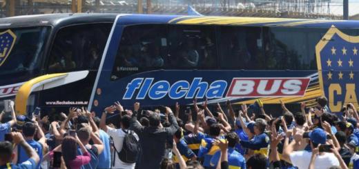 """Boca encargó un micro """"antipiedrazos"""" para seguridad del plantel"""