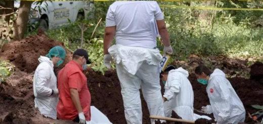 México: hallan 39 cadáveres en 20 fosas clandestinas