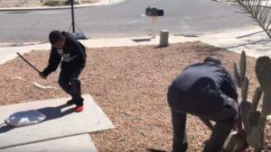 Estados Unidos: padre obligó a su hijo a romper su PlayStation 4 como castigo por sus malas calificaciones