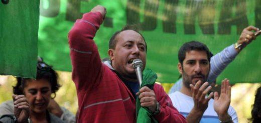 El titular de ATE en Mendoza afirmó que en su provincia ya hay más de 100 mil desocupados a causa de la crisis