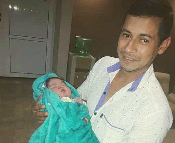 """Un """"súper bebé"""" nació en San Vicente: pesó más de 6 kilos"""