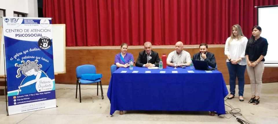 Arce participó de una charla de sensibilización en la Jefatura de Policía de Misiones