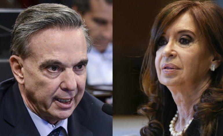 «Ella no se bajó, sigue siendo el poder», aseguró Pichetto, tras el anuncio de Cristina Kirchner