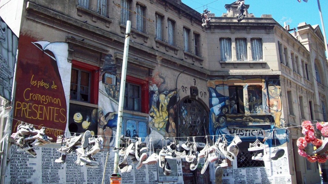 Cromañón: familiares y sobrevivientes denuncian que se robaron pertenencias y borraron huellas del boliche