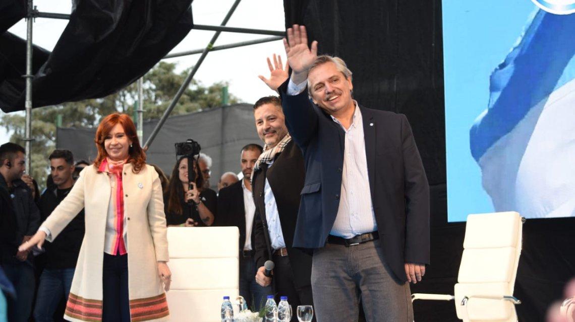 """La fórmula Fernández-Fernández tuvo su primer acto de campaña: """"Necesitamos un nuevo contrato social»"""