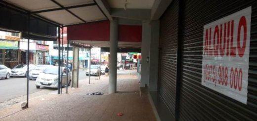 Advierten que cerraron varios locales comerciales de Encarnación por escasa concurrencia de compradores argentinos