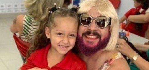 Historia viral: un padre viudo se vistió como madre para homenajear a su hija en la escuela