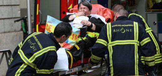 Francia: explotó una bomba en Lyon y hay al menos ocho heridos