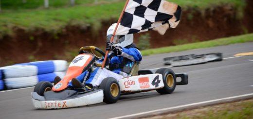 Show del Misionero Karting en la Capital del Monte