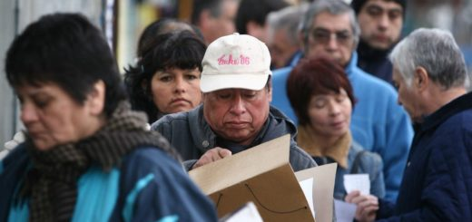 Se destruyeron casi 270.000 puestos de trabajo registrados en un año