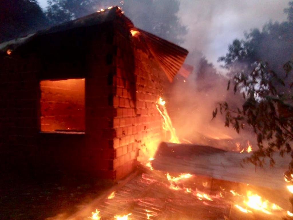 Iguazú: se incendió una vivienda en el barrio Santa Rosa