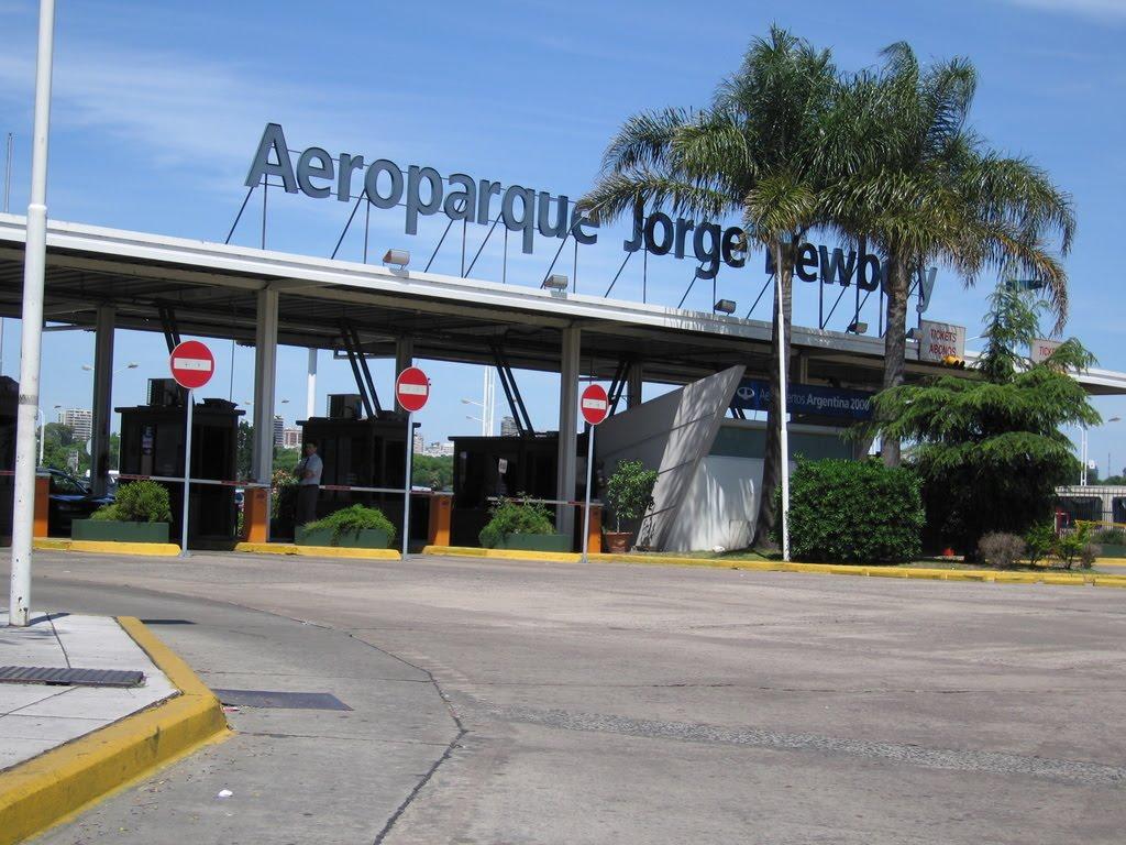 #1°DeMayo: los vuelos se registran con normalidad en los principales aeropuertos del país