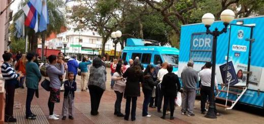 Continúan campañas gratuitas tramitar el DNI en móviles del CDR en Posadas