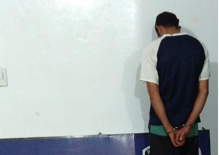 La Policía detuvo a un joven vinculado a un robo ocurrido en Colonia Paraíso y esclareció un hecho en San Vicente