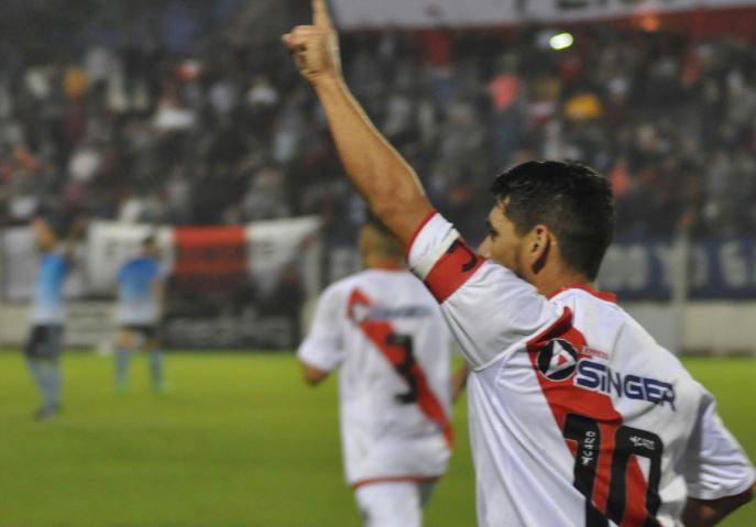 Regional Amateur: Guaraní venció a Huracán y avanzó a la final de la Zona Litoral Norte