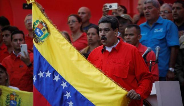 """Venezuela: Maduro llamó a """"defender la Patria"""" y advirtió que Juan Guaidó """"pagará su traición en la cárcel"""""""