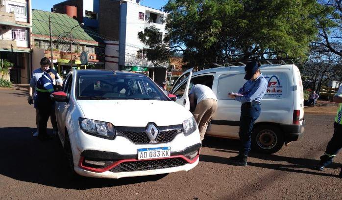 Dos accidentes de tránsito en Oberá dejaron solo daños materiales