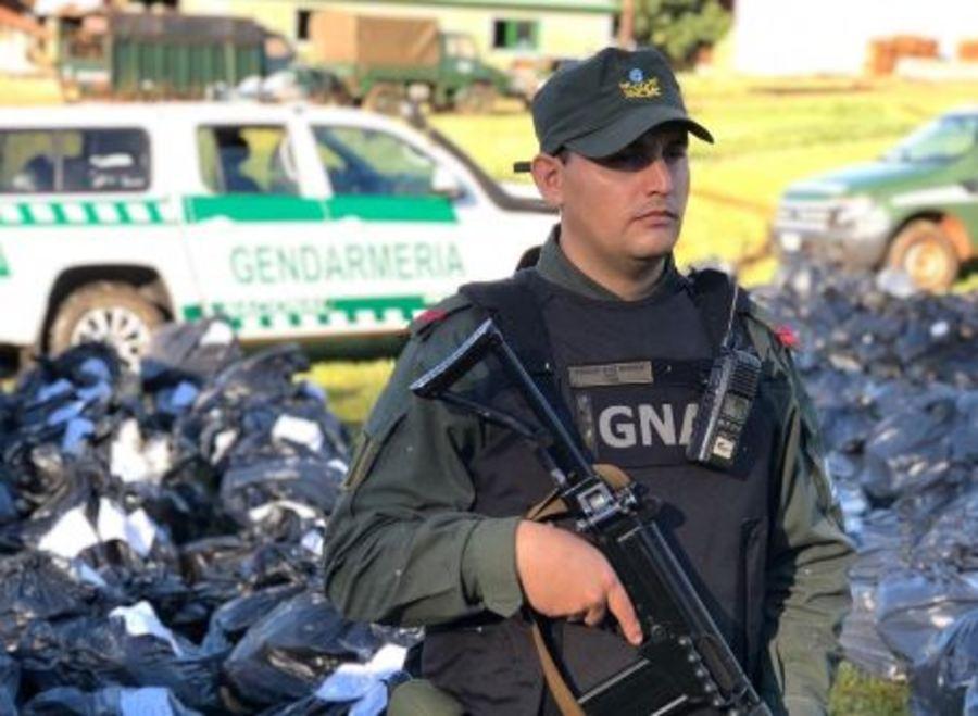 Gendarmería incineró drogas incautadas en Oberá y en San Ignacio