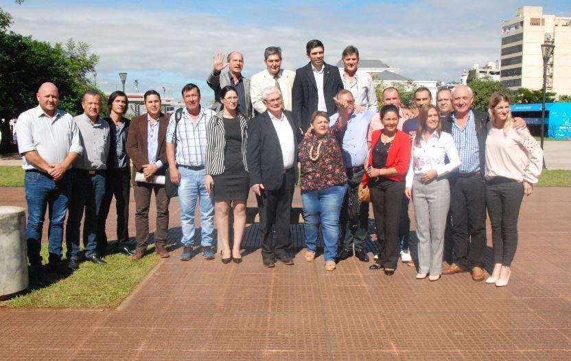 Ministerios de Energía y de Ecología firmaron convenios con Red Argentina de Municipios para el Cambio Climático