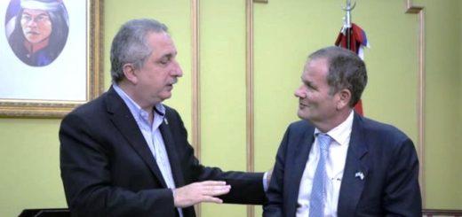 El Gobernador Hugo Passalacqua recibió al Embajador de Israel en Argentina, IIan Sztulman