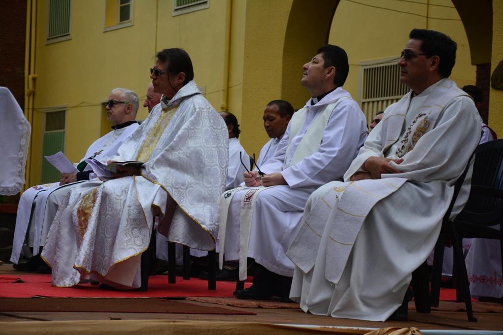 Cientos de fieles participaron de la tradicional procesión al Santuario de la Virgen de Fátima
