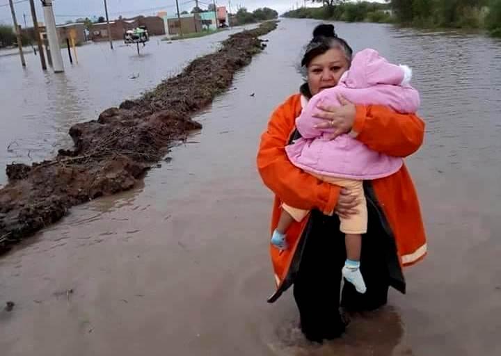 Efectos extremos del clima en Chaco y Formosa agudizan el drama de las inundaciones y el pronóstico indica que  las lluvias continuarán en la región