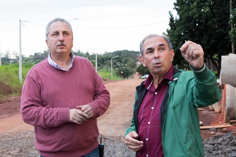 Passalacqua recorrió obras con el titular de Vialidad Provincial,Leonardo Stelatto
