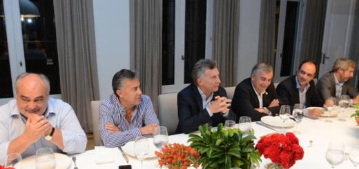 Convención radical: negociaciones de último momento para unificar las tres posiciones en pugna