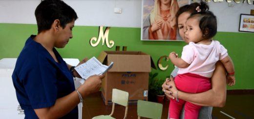 Campaña de vacunación antigripal: concretan operativos en jardines y centros de adultos mayores en Posadas