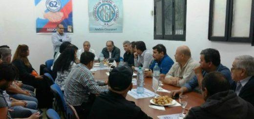 """""""Al Gobierno nacional le duele vernos en la calle reclamando por nuestros derechos"""", dijo Hugo Benítez tras un encuentro sindical en Posadas"""
