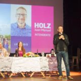 """Carlos Arce invitó a seguir con el proyecto renovador y afirmó que """"Misiones es un dique que contuvo a los misioneros ante las oleadas del ajuste  nacional"""""""