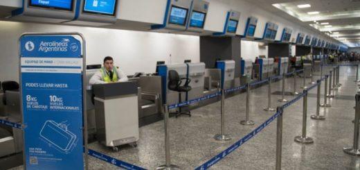 Aerolíneas cancela más de 300 vuelos por el paro del 29 de Mayo