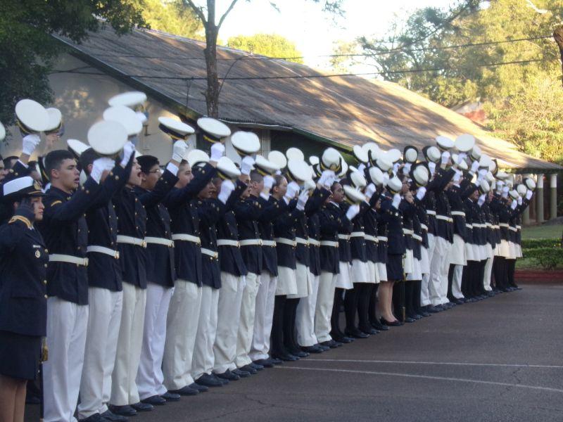 Rindieron homenaje a tripulantes misioneros del Submarino Ara San Juan en ceremonia por el Día de la Armada Argentina