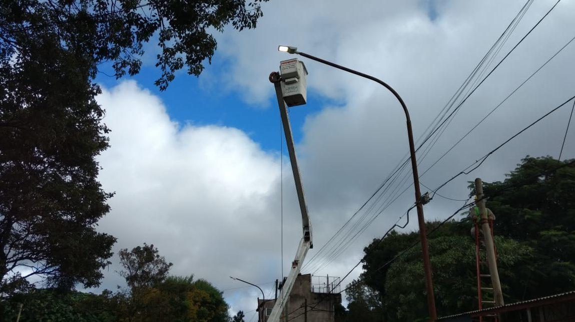 Stelatto supervisó obras de alumbrado público con tecnología led que se realizan en Posadas