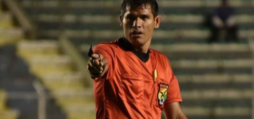 Bolivia: un árbitro falleció en medio de un partido de fútbol