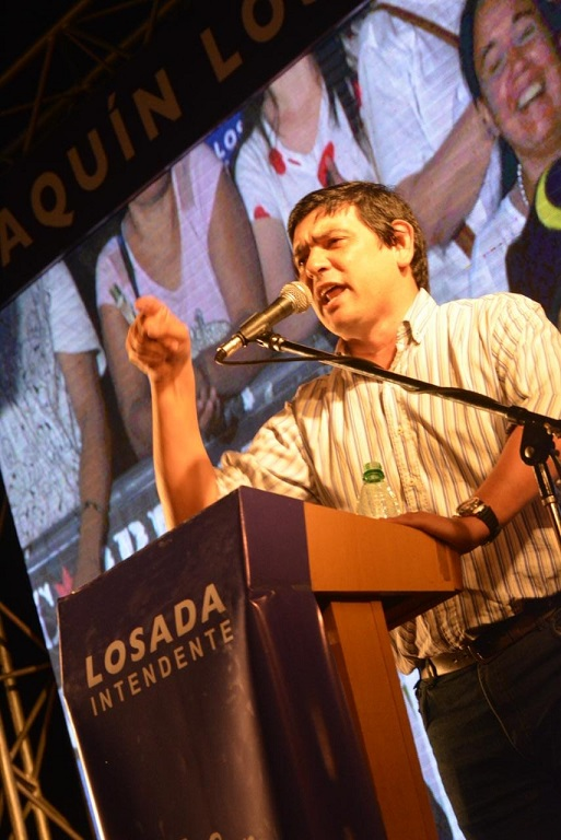 """Multitudinario acto de campaña de Joaquín Losada: """"quiero que Posadas sea una ciudad moderna, sustentable y con amplia participación de los jóvenes"""""""