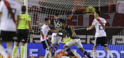 Copa de la Superliga: River goleó, pero no le alcanzó para lograr la hazaña