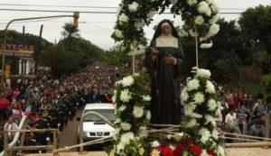Miles de fieles peregrinaron para saludar a Santa Rita, patrona de los imposibles